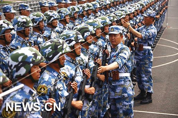 Soldados Chinos Se Preparan Para Desfile Militar Del D U00eda