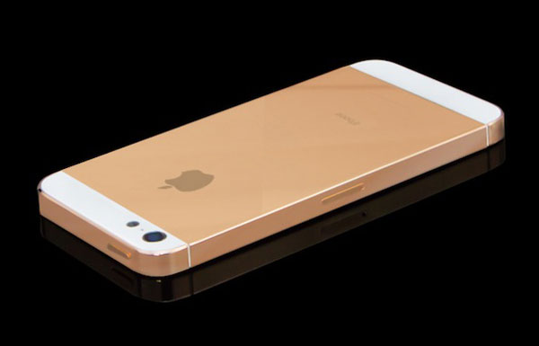 Apple podría lanzar el iPhone 5S en color dorado